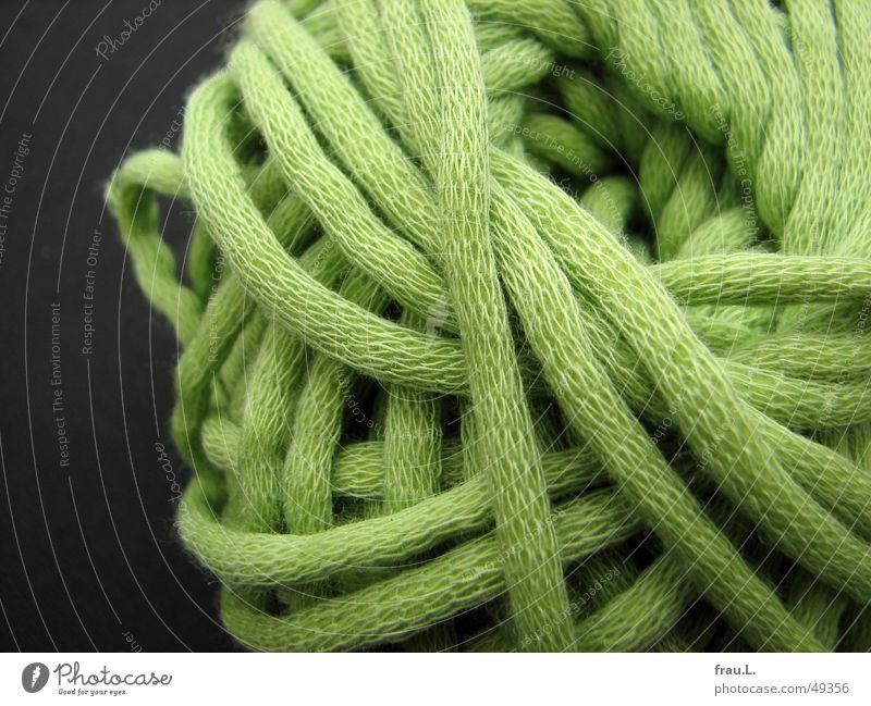 aufgewickelt grün Bekleidung Freizeit & Hobby Handwerk Nähgarn Wolle stricken Knäuel Handarbeit Wollknäuel