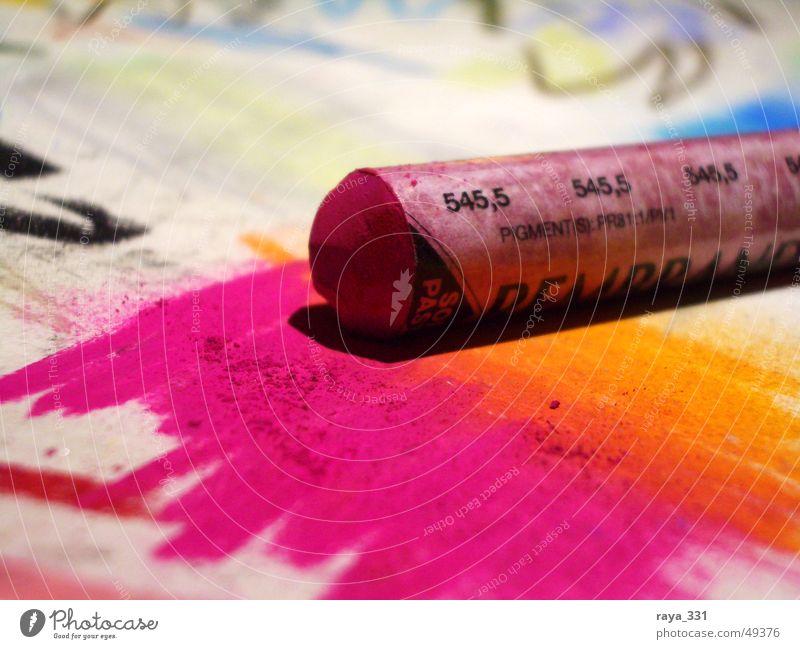 Softpastellkreide Kreide rosa schwarz weiß gelb Papier Gemälde Schreibstift mehrfarbig gemalt Kunst orange blau Zeichnung Farbe streichen zeichnen