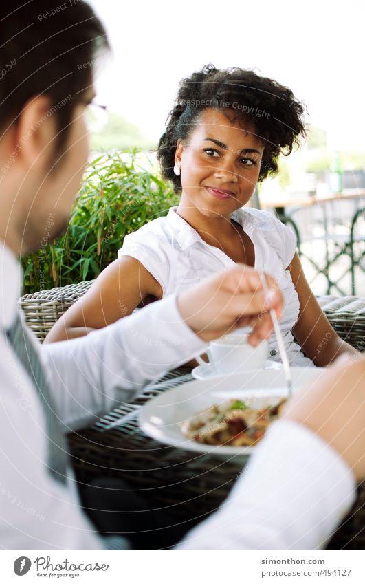 Essen gehen Gesundheit Gesunde Ernährung Restaurant Lounge Flirten Azubi Business Unternehmen Karriere Sitzung sprechen Team Feierabend Familie & Verwandtschaft