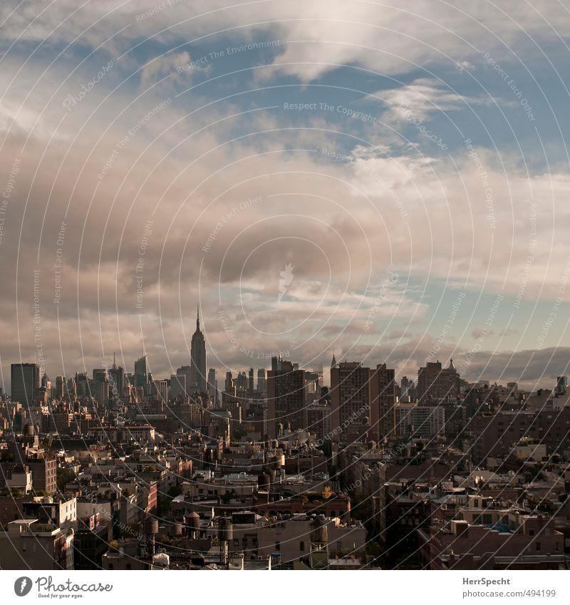 Midtown to Uptown Himmel Wolken Sonne Schönes Wetter Manhattan New York City USA Stadt Haus Gebäude Dach Wahrzeichen Empire State Building ästhetisch groß