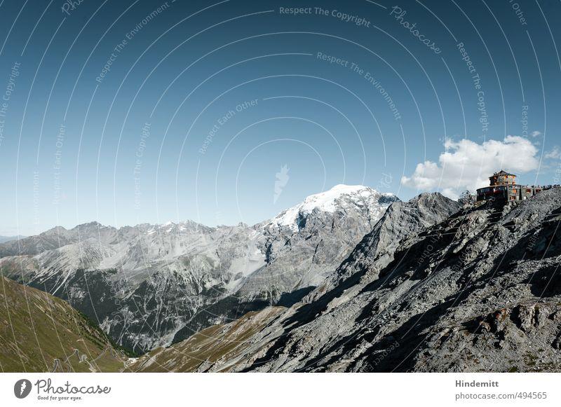 Vom Stilfserjoch Umwelt Landschaft Himmel Wolken Sommer Wiese Hügel Felsen Alpen Berge u. Gebirge Schneebedeckte Gipfel Stein stehen außergewöhnlich eckig