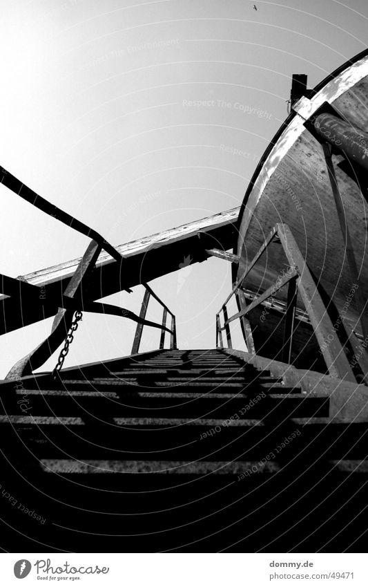 get up weiß schwarz Treppe Rost Als Trichter Kieswerk