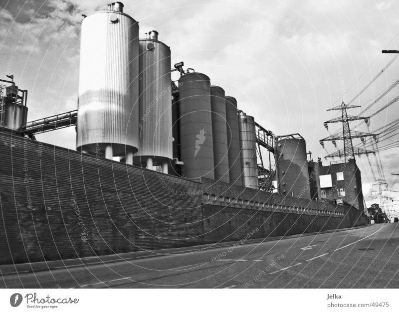 industry rocks Straße Verkehr Zukunft Elektrizität Turm Hamburg Hafen Industriefotografie Strommast Dachboden Harburg