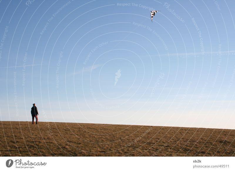 stehn und fliegen Drache Wiese Herbst steigen Schnur Wasserkuppe Mensch Himmel Bodenbelag Seil Rhön sebastian