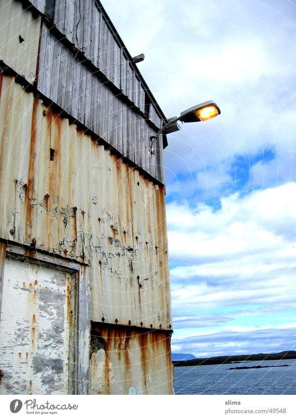 Island Wasser alt Himmel Lagerhalle