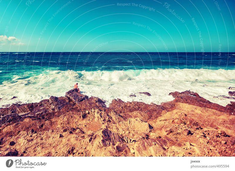 Der nächste Schritt maskulin Mann Erwachsene Leben 1 Mensch 18-30 Jahre Jugendliche 30-45 Jahre Natur Wasser Himmel Horizont Sommer Schönes Wetter Wellen Küste