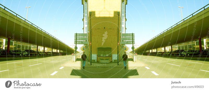 A long way home Straße Perspektive falsch Doppelbelichtung Bremen