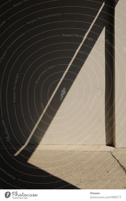 A Haus Wand Mauer dunkel hell trist Schattenspiel Farbfoto Gedeckte Farben Außenaufnahme Detailaufnahme abstrakt Muster Strukturen & Formen Menschenleer
