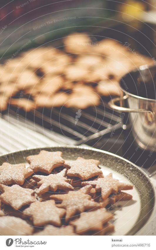 Keksproduktion Weihnachten & Advent Feste & Feiern Lebensmittel Ernährung viele lecker Dessert Teller Backwaren Teigwaren Topf Weihnachtsgebäck Slowfood