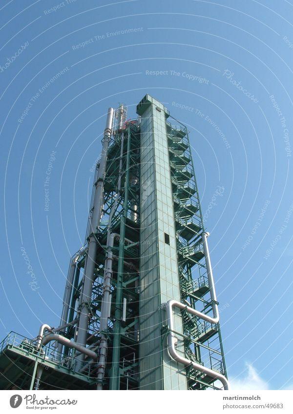 Gasturm weiß grün Wolken Ferne kalt oben hell Feste & Feiern Metall groß hoch Europa Macht Ecke Technik & Technologie Industriefotografie
