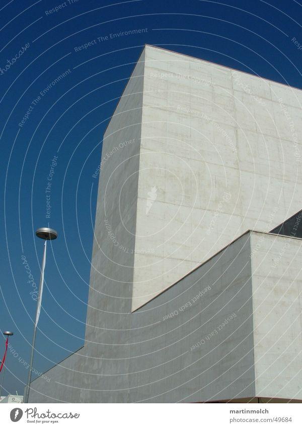 Gebäude Himmel blau Beton Klarheit Messe Portugal Lissabon
