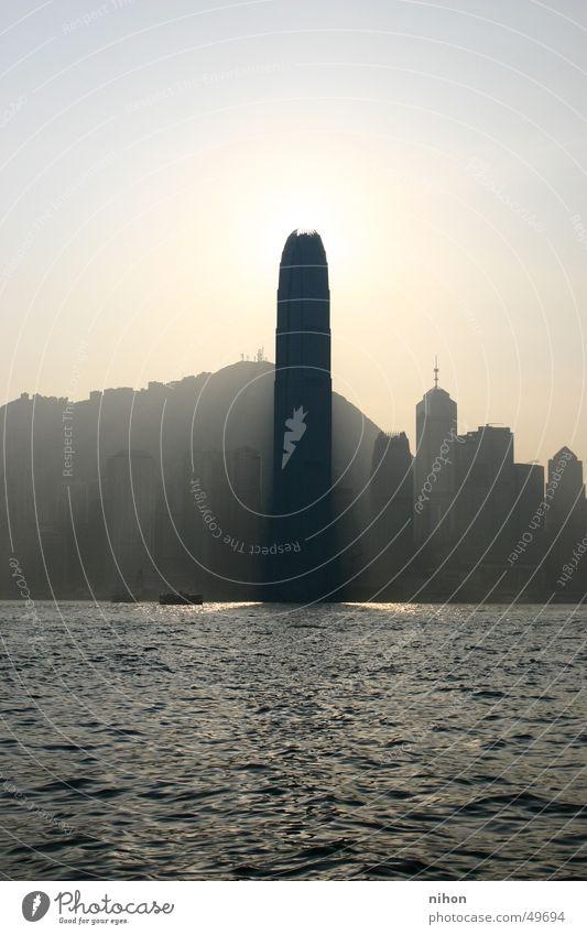 Sonnenphallus Stadt Arbeit & Erwerbstätigkeit Hochhaus modern Turm Hongkong Phallussymbol