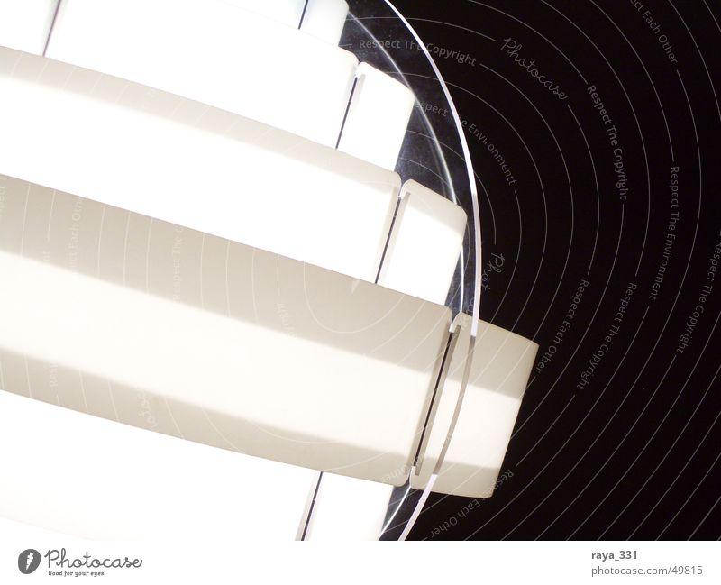 Lampe1 weiß schwarz hell