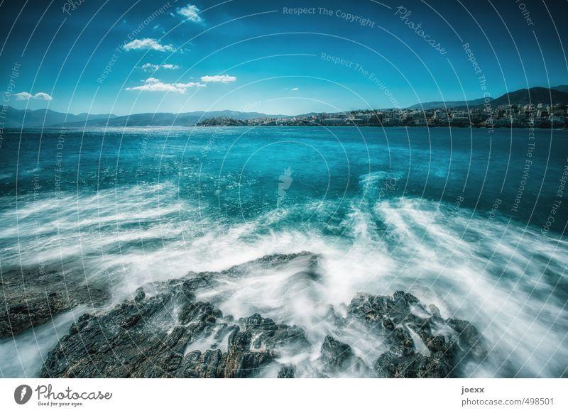 Hart bleiben Himmel Ferien & Urlaub & Reisen blau weiß Wasser Sommer Meer Landschaft Wolken Ferne schwarz Umwelt Küste Stein Horizont Wellen