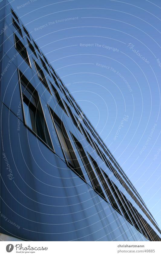 Skyscraper Himmel blau Hochhaus modern Schönes Wetter Anschnitt