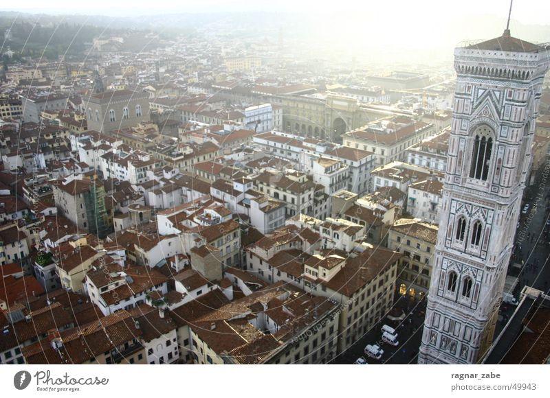 firenz tower Sonne Stadt Sommer Toskana Religion & Glaube Ausflug Dach Turm Italien Dom Florenz Glockenturm