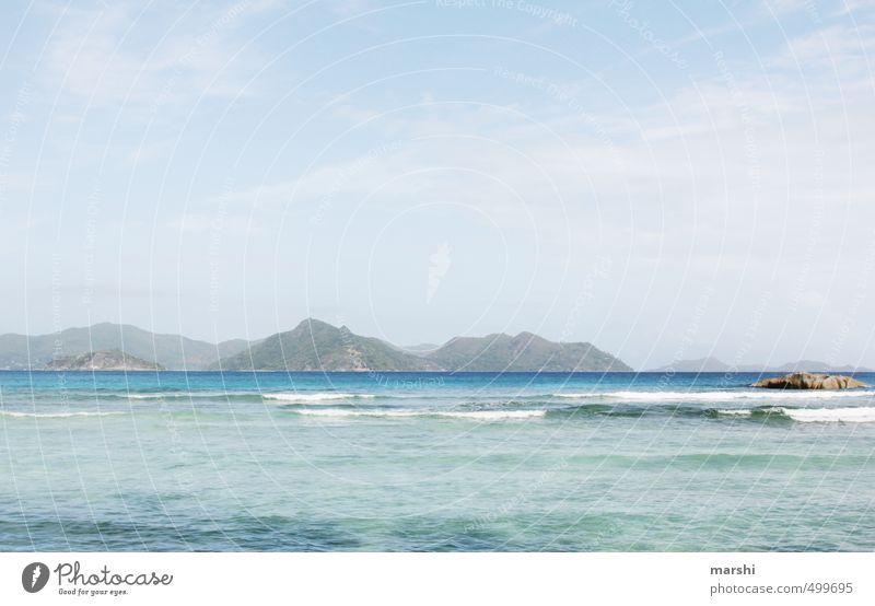 Ausblick von la Digue Natur Ferien & Urlaub & Reisen blau Pflanze Sommer Meer Landschaft Tier Berge u. Gebirge Reisefotografie Küste Wetter Insel Schönes Wetter