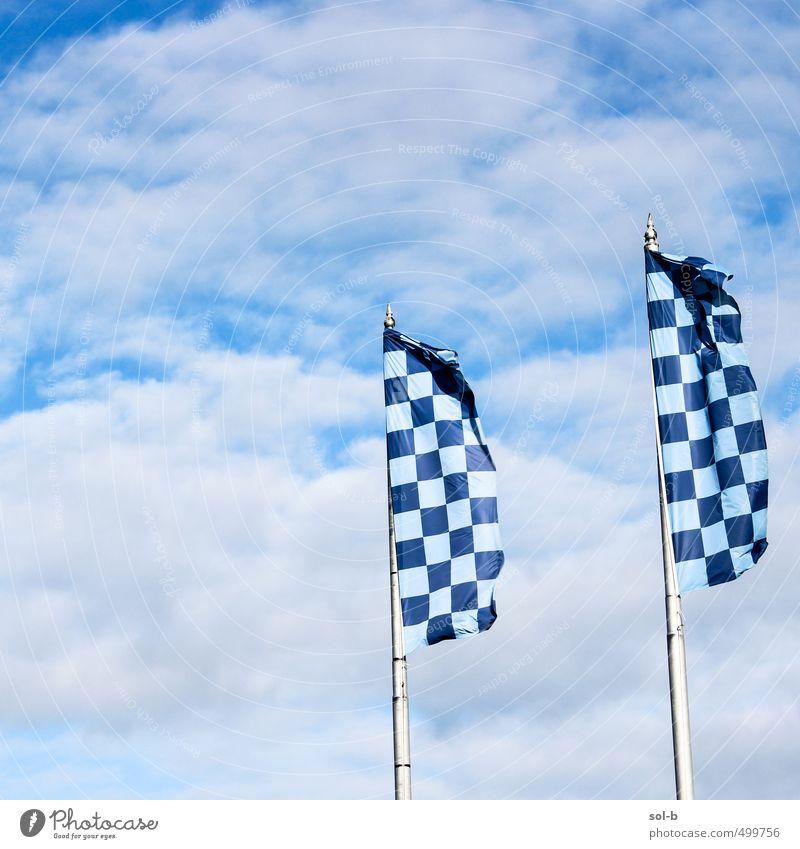 Flaggen Ferien & Urlaub & Reisen Tourismus Städtereise Feste & Feiern Sport Sportmannschaft Erfolg Fahnenmast Dublin Sportveranstaltung Himmel Wolken