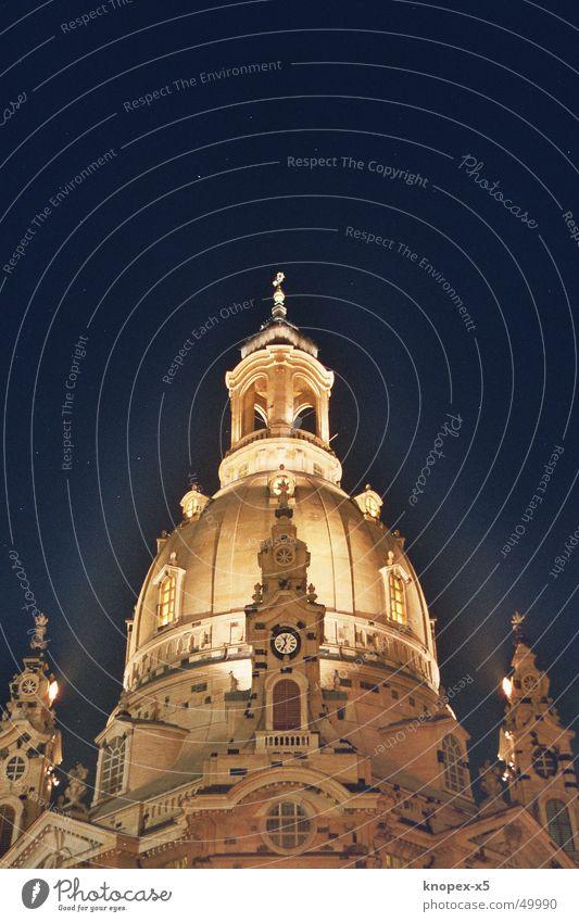 Die Frauenkirche bei Nacht Dresden Licht