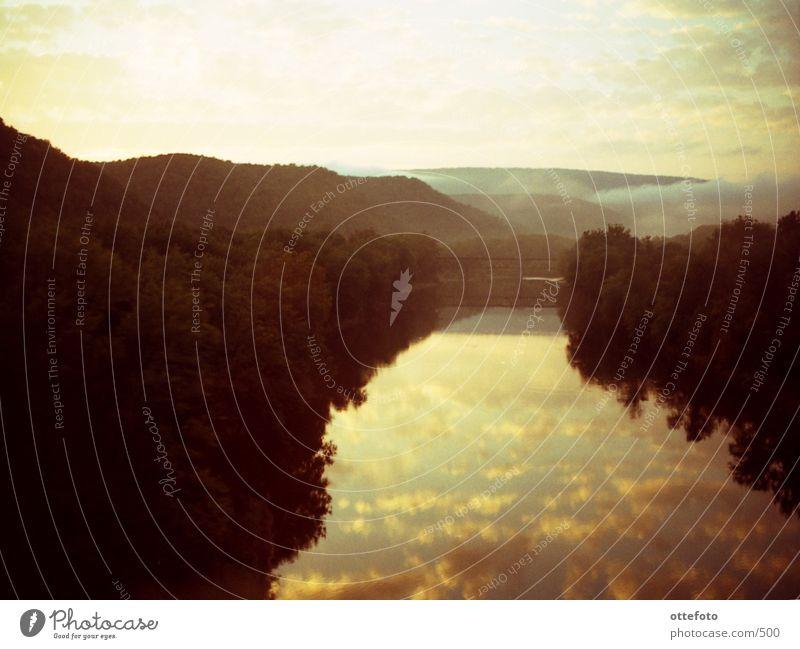 Potomac River in West Virginia Nebel Sonnenuntergang Bahnfahren Fluss Abend Brücke USA