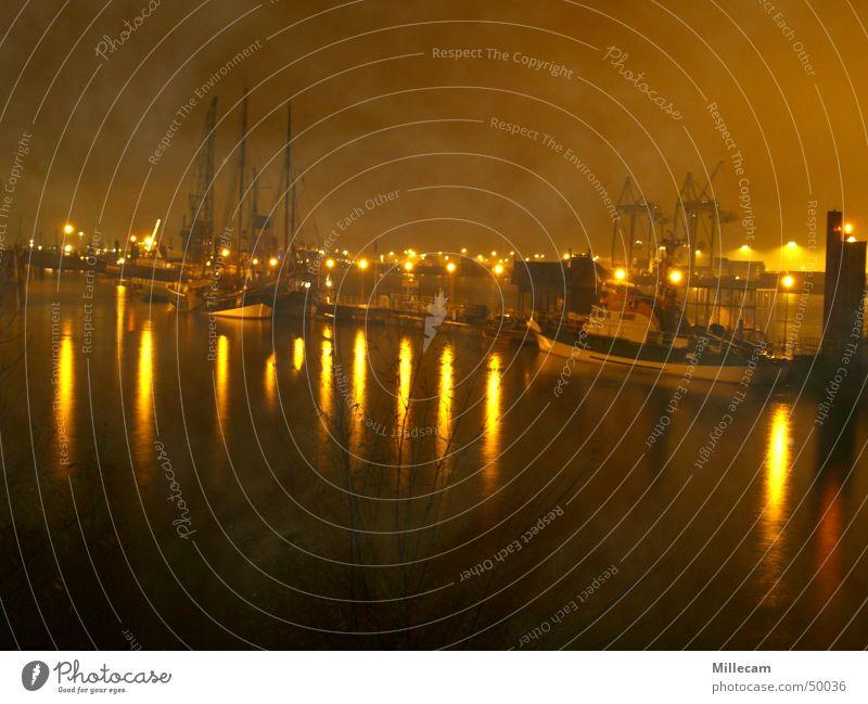 foggy habor Nebel Nacht Beleuchtung Wasserfahrzeug Hafen Hamburg