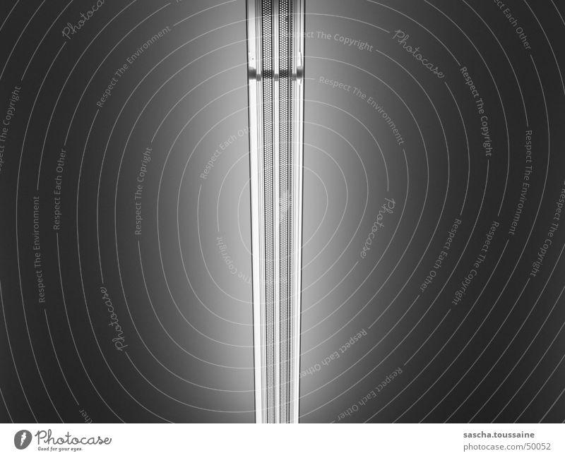 Moderne Deckenleuchte eines Kaufhauses weiß schwarz Lampe grau Linie Zufriedenheit hell Beleuchtung Glas Technik & Technologie Dekoration & Verzierung Streifen