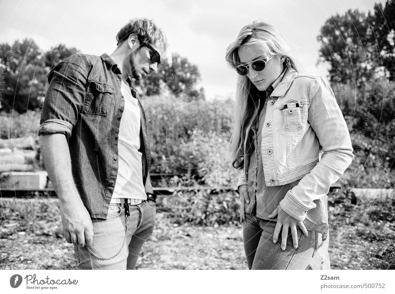 ZWEISAM Mensch Natur Jugendliche Junge Frau Landschaft Junger Mann 18-30 Jahre Erwachsene Umwelt Herbst Stil Paar Mode Zusammensein blond Lifestyle