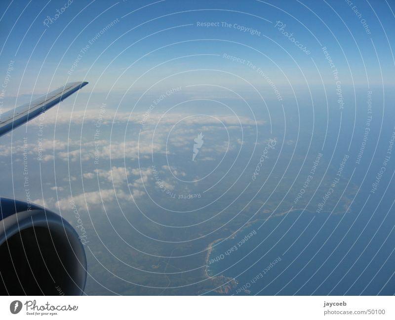 Planeview Himmel Wolken Küste Flugzeug fliegen Horizont Flügel Triebwerke Sardinien