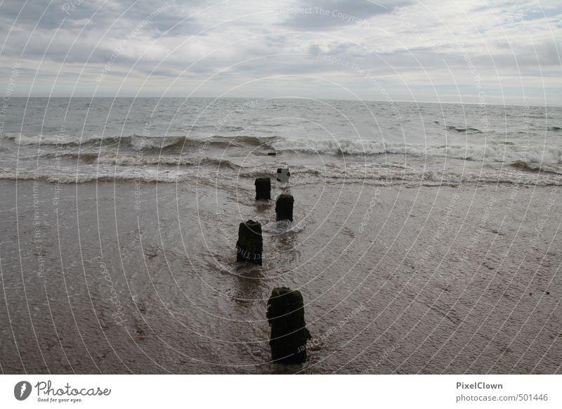 Strandimpressionen Erholung Ferien & Urlaub & Reisen Sommerurlaub Meer Wellen Natur Luft Wasser Wassertropfen Himmel Herbst Wetter Schönes Wetter Küste Bucht
