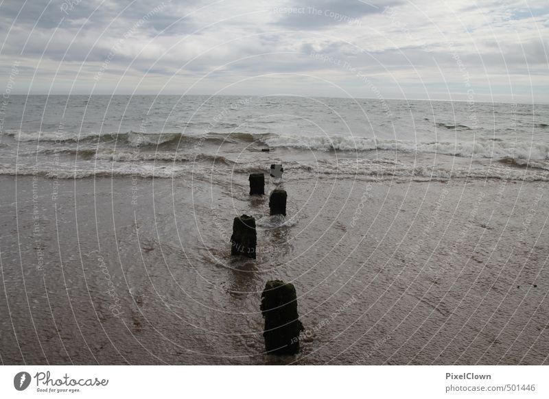 Strandimpressionen Himmel Natur Ferien & Urlaub & Reisen blau Sommer Wasser Erholung Meer Herbst Küste grau Wasserfahrzeug träumen Wetter Luft