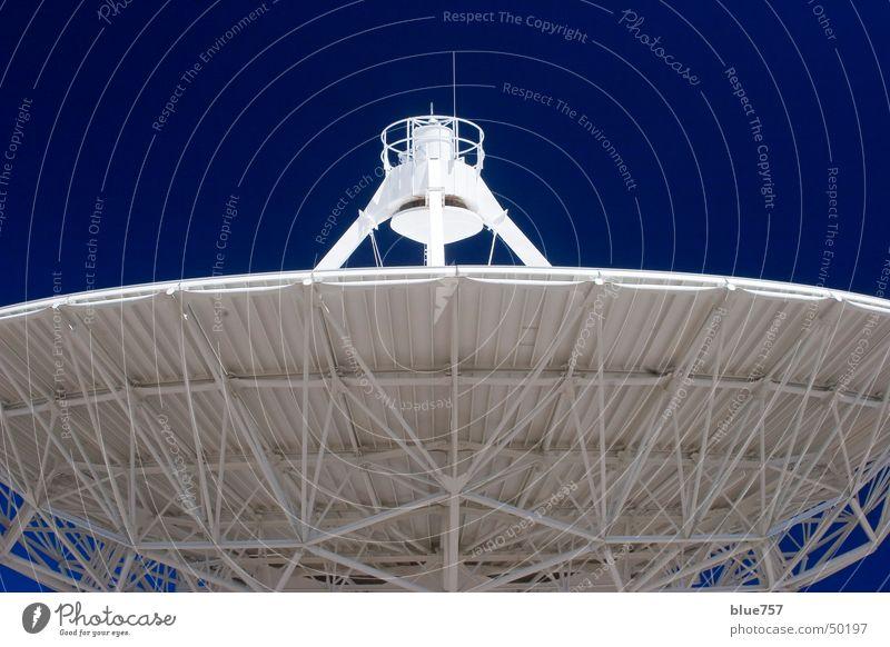 Ohr am Universum Himmel weiß blau Antenne Radioteleskop Very Large Array