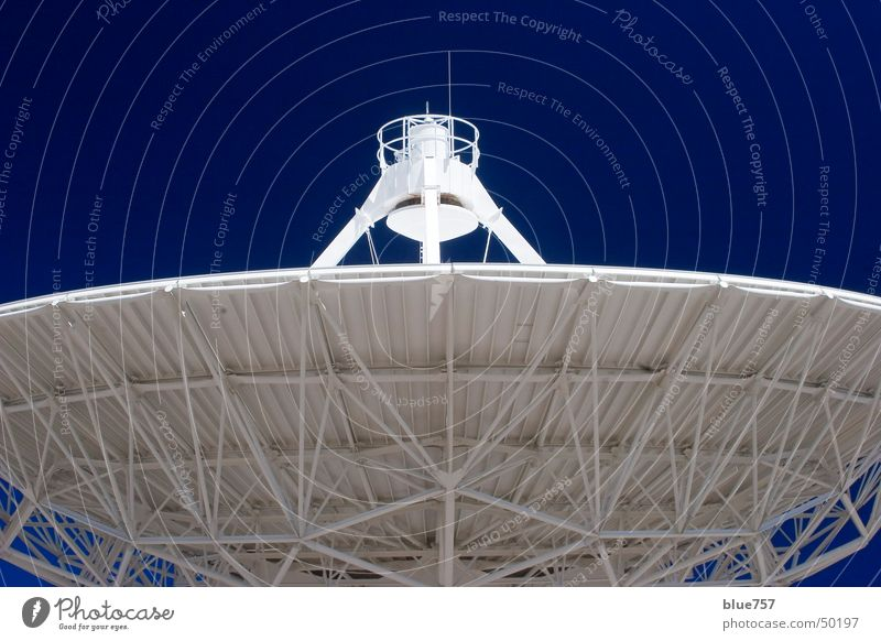 Ohr am Universum Himmel weiß Radioteleskop Antenne Very Large Array blau blue sky white radiotelescope Strukturen & Formen structure antenna contact
