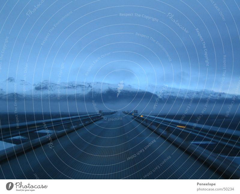 Highway in Island Straße Nebel leer Autobahn Ringstrasse