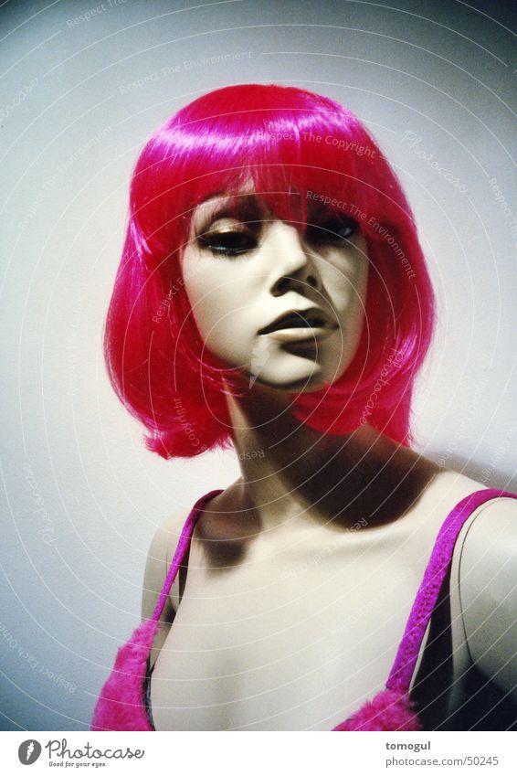 Miss Rigor Schaufensterpuppe Perücke rosa Haarfarbe Attrappe shocking colours Lomografie