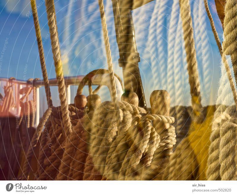Takelage Ferien & Urlaub & Reisen blau gelb rosa gold Ordnung Seil festhalten Ostsee Segeln Fernweh ziehen Knoten unordentlich himmelblau Segelschiff