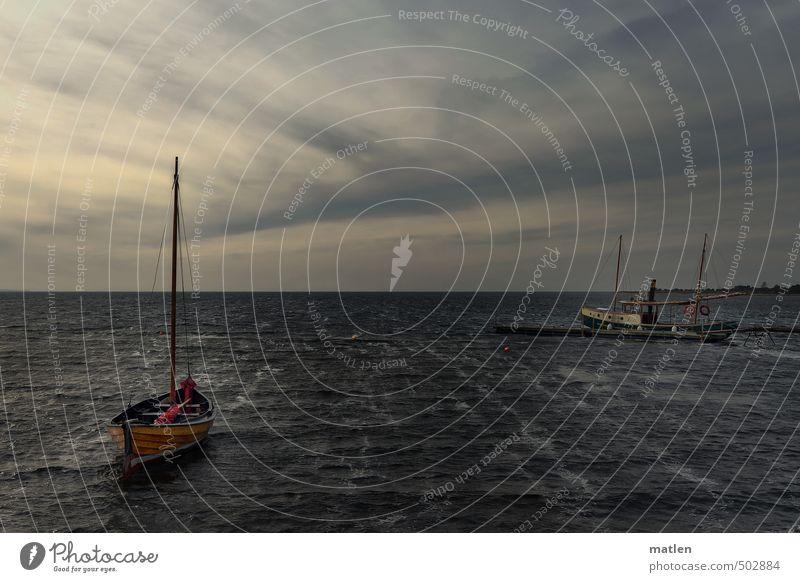 Herbstabend Landschaft Wasser Himmel Wolken Horizont Sonnenaufgang Sonnenuntergang Wetter schlechtes Wetter Sturm Wellen Ostsee Meer Schifffahrt Dampfschiff
