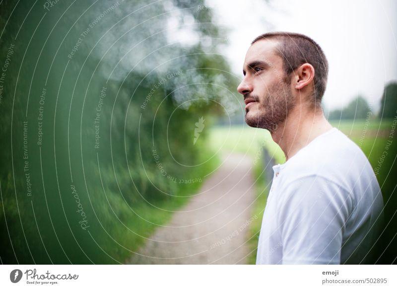 green Mensch Jugendliche grün Junger Mann 18-30 Jahre Erwachsene natürlich maskulin Coolness Rauchen
