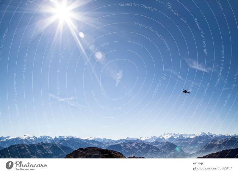 Helikopter Himmel Natur blau Sommer Landschaft Umwelt Berge u. Gebirge natürlich Luft Freizeit & Hobby Tourismus Schönes Wetter Gipfel Alpen Wolkenloser Himmel