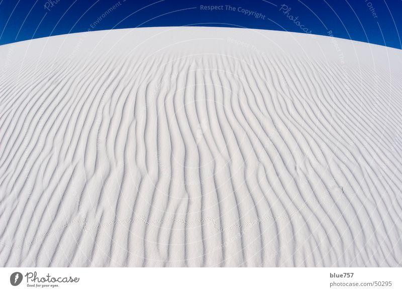 White Sands Himmel weiß blau Sand Wellen Gipssand