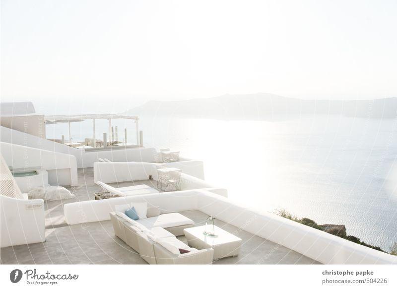Weißraum Lifestyle elegant Stil Design Ferien & Urlaub & Reisen Sommer Sommerurlaub Sonne Meer Gebäude Balkon Terrasse trendy Reichtum weißraum couch Tisch