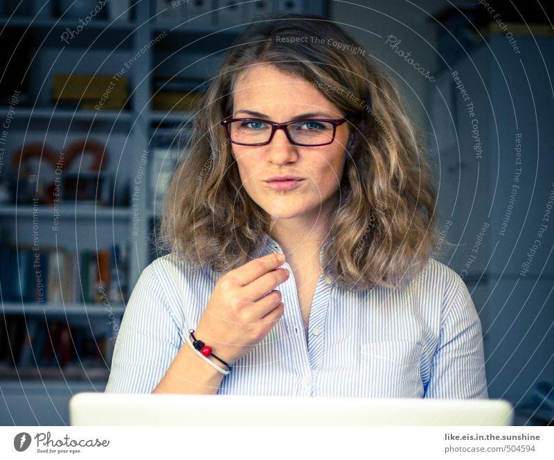 hallo, was kann ich für dich tun!? Mensch Frau Jugendliche Junge Frau 18-30 Jahre Gesicht Erwachsene Erotik Leben feminin Haare & Frisuren Kopf
