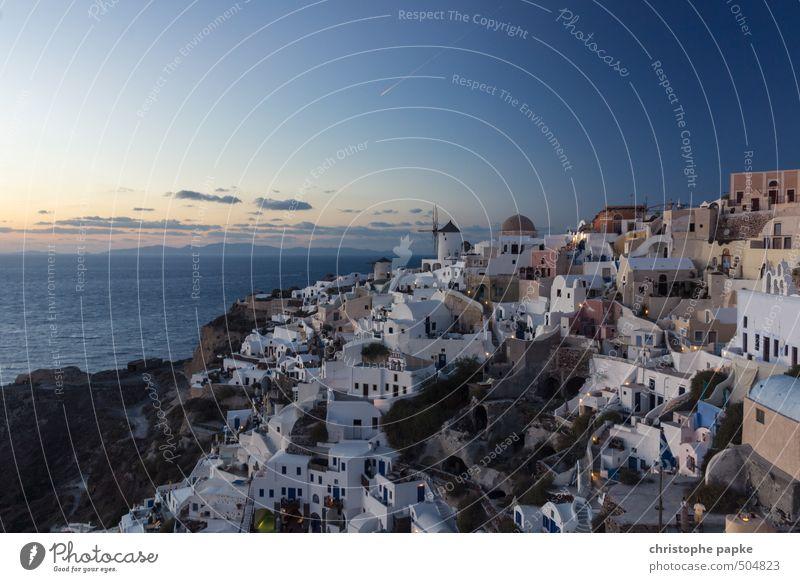 Oia bei Dämmerung Ferien & Urlaub & Reisen Tourismus Ausflug Sightseeing Städtereise Sommer Sommerurlaub Himmel Sonnenaufgang Sonnenuntergang Griechenland Dorf