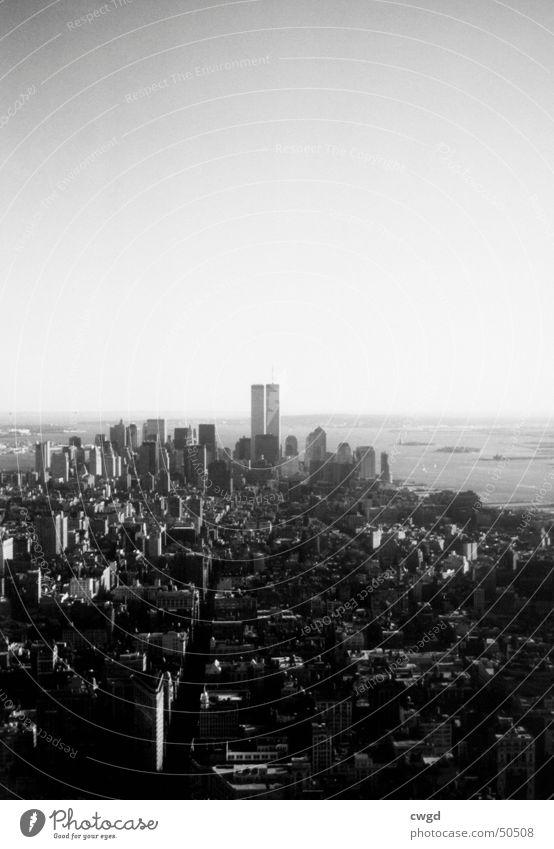 it will never be the same again... New York State New York City Manhattan World Trade Center Hochhaus Panorama (Aussicht) Südwest Straßenschlucht