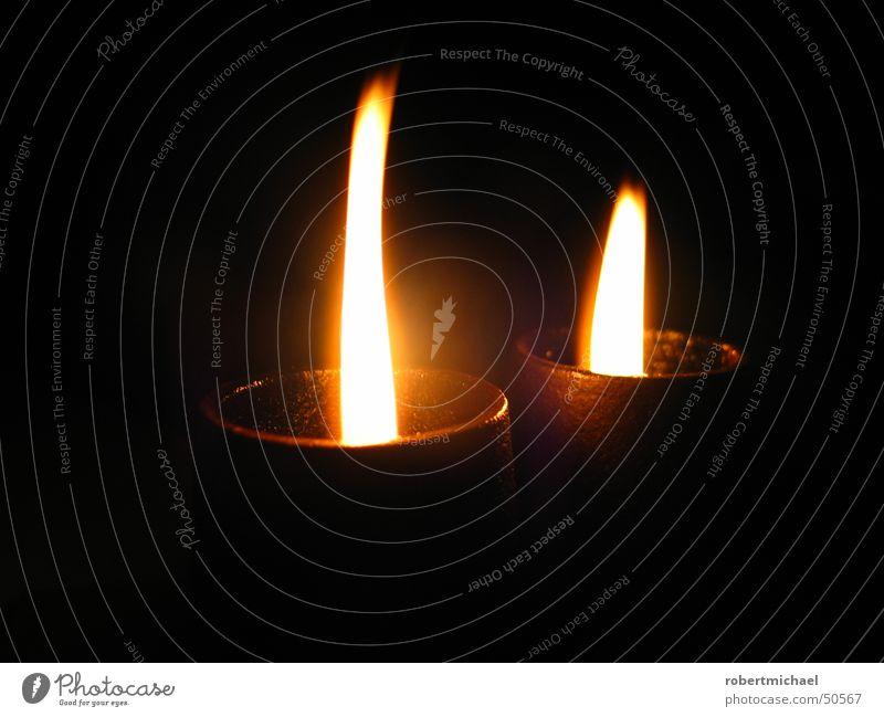 2. Advent Weihnachten & Advent gelb dunkel Wärme hell Stimmung Metall Brand Kerze rund Romantik Physik heiß brennen gemütlich