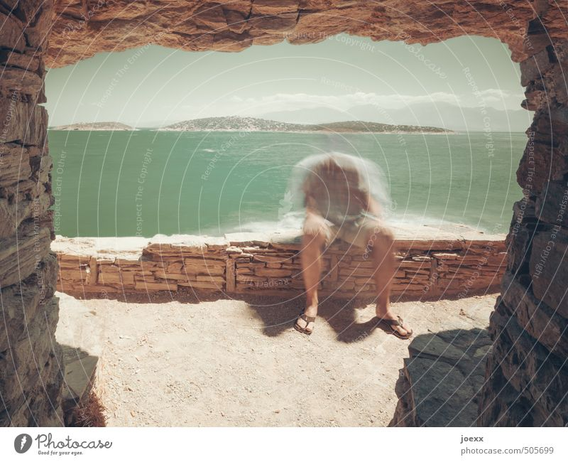 Vergessen Mensch Himmel Mann grün weiß Wasser Sommer Einsamkeit gelb Erwachsene Bewegung Küste braun Körper sitzen kaputt