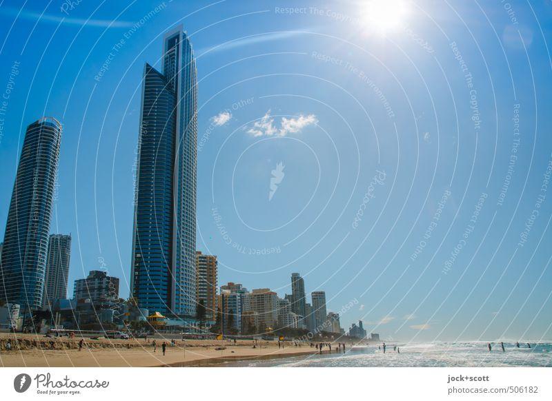 Sunny Side Up Himmel Schönes Wetter Küste Pazifik Pazifikstrand Surfers Paradise Skyline Hochhaus Stimmung Gelassenheit modern Umwelt Stadt Strandleben