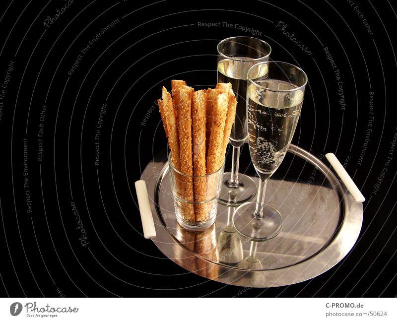 kleiner Sektempfang Sektglas schwarz Tablett Sesamstange nobel trocken Snack Ernährung Silvester u. Neujahr Verabredung Alkohol Feiertag Gastronomie Glas Metall