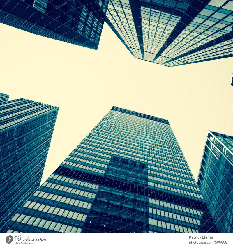Superlativ Stadt Skyline Hochhaus Bankgebäude Bauwerk Gebäude Architektur Mauer Wand Fenster ästhetisch hell Abenteuer einzigartig Kapitalwirtschaft genießen