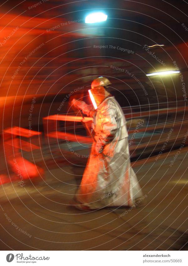 Heiße Ferien Wärme Bewegung Metall Arbeit & Erwerbstätigkeit Brand Physik heiß Stahl Eisen Österreich transpirieren Schweiß Rauschmittel Schmelzofen Stahlwerk