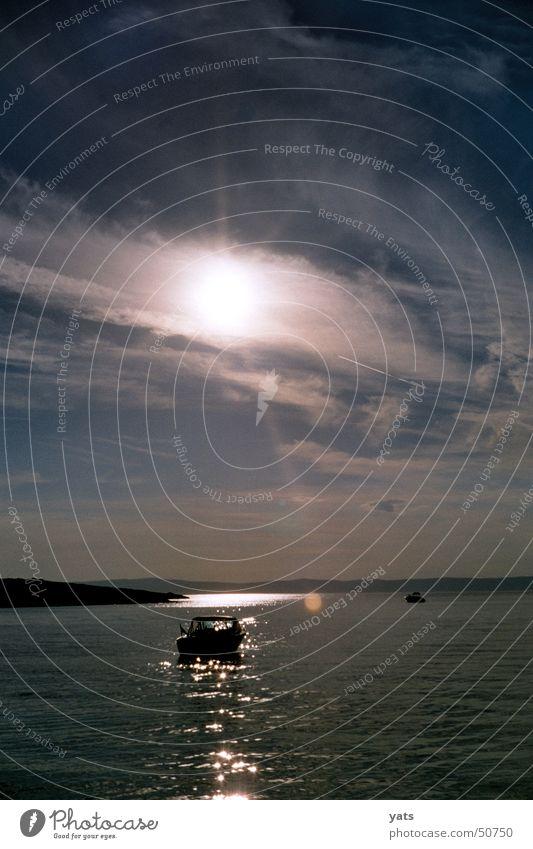 Follow the sun... Wasserfahrzeug Sonnenuntergang Meer Kroatien Wolken Abenddämmerung